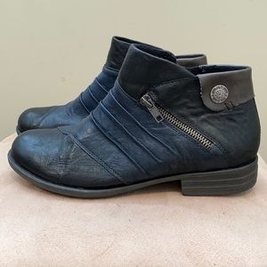 Remonte ankle boots never worn Size 38